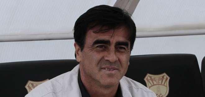Fernando Hidaldo y Luis Romero son las novedades de esta convocatoria de Gustavo Quinteros.