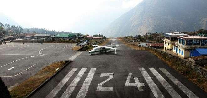 Entre las montañas y un precipicio: una aventura desde el despegue y hasta el aterrizaje en Nepal.