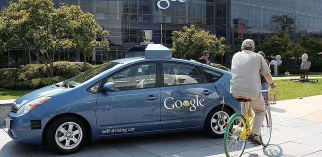 En ninguno de los casos fue el coche sin conductor el causante del accidente según Google. Foto: Web
