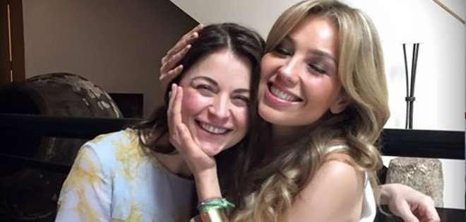 Thalía se reunión con Ludwika Paleta.