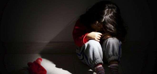 El tribunal argumentó al reducir la pena que el niño ya había sido ultrajado por su padre antes.
