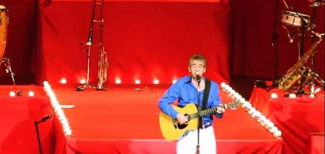El video que fue grabado durante una de sus giras recopila los viajes de esta banda latina liderada por gustavo 'Cucho' Parisi.