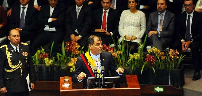 QUITO, Ecuador.- El mandatario anunció, además, que enviará el proyecto de Ley para regular la ilegítima plusvalía. Foto: Presidencia