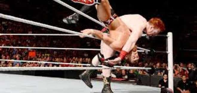 La Supercom considera que la WWE fomenta la violencia.