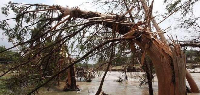 TEXAS, EEUU. unas 4.000 viviendas sufrieron daños en esta ciudad, la más poblada de Texas y la cuarta del país. Fotos: EFE