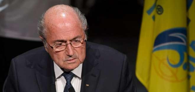 Blatter no presentó su renuncia. Foto: AFP.