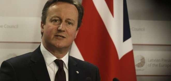 Cameron sostiene que la UE ha crecido mucho y se ha arrogado demasiados poderes, y reclama la devolución de competencias a Londres para apoyar que siga perteneciendo al bloque.