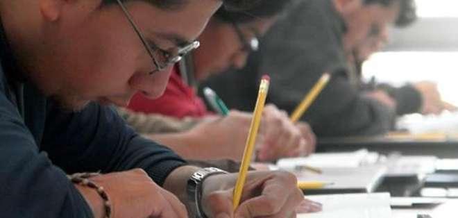 Solo pueden postular los estudiantes que hayan pasado el Examen Nacional para la Educación Superior (ENES) con un puntaje igual o mayor a 601 puntos sobre 1.000.