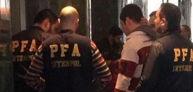 La Policía Federal de Argentina, por orden de Interpol, allana las oficinas de estas empresas. Foto: @TodaPasion