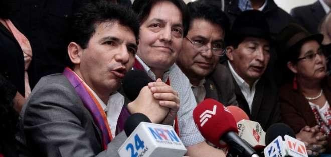 Caupolicán Ochoa, abogado del primer mandatario, es quien realizó el pedido al juez.