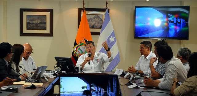 GUAYAQUIL.- Correa mencionó que 80% de las empresas ecuatorianas son familiares.  Fotos: Flickr Presidencia y Web