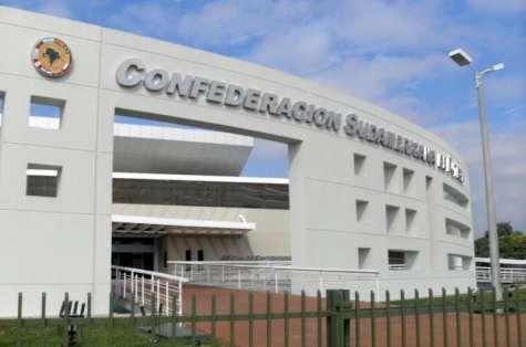 Los edificios de la Conmebol tienen estatus de embajadas.