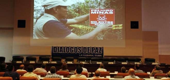 Garantes de proceso de paz colombiano llaman a acuerdo para tregua bilateral en una reunión el pasado 27 de mayo. Foto: Archivo EFE