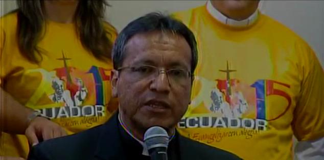 QUITO.- Hasta el momento hay 2 mil voluntarios, pero se necesitan más manos colaboradoras. Fotos: Captura Video