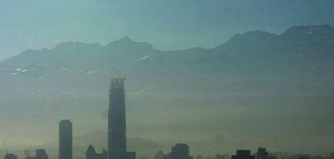 """La medida fue adoptada """"debido a las malas condiciones de ventilación en Santiago."""