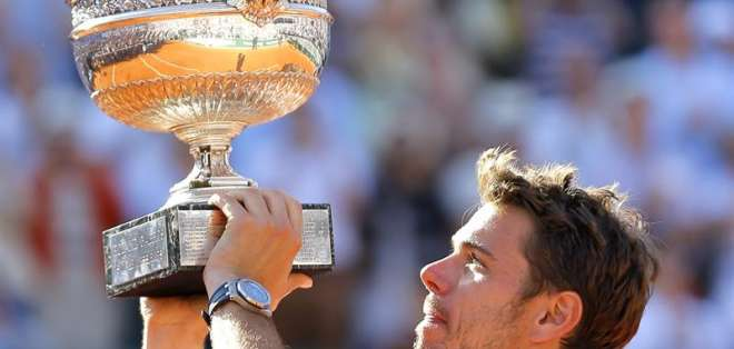 Wawrinka logra así su segundo Grand Slam tras haber ganado el Abierto de Australia 2014. Fotos: EFE.