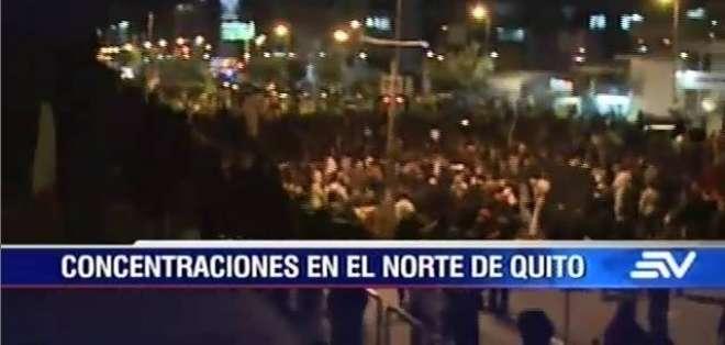 En Guayaquil, Quito, Cuenca y Galápagos se registraron plantones a favor y en contra del Gobierno.