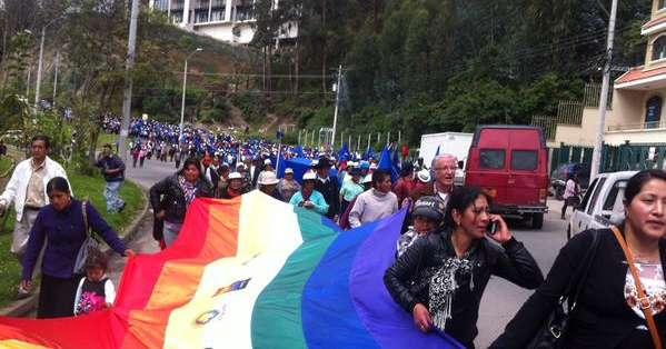 Participaron organizaciones indígenas y campesinas de las provincias de Azuay y Cañar. Fotos: Twitter.