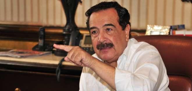 El alcalde manifestó que suspenderá el resto de su viaje a Nueva York para regresar a Guayaquil.