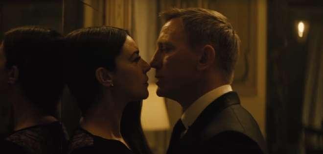 EE.UU.- El avance de la película deja ver a un Daniel Craig más sensual.  Foto: Web.