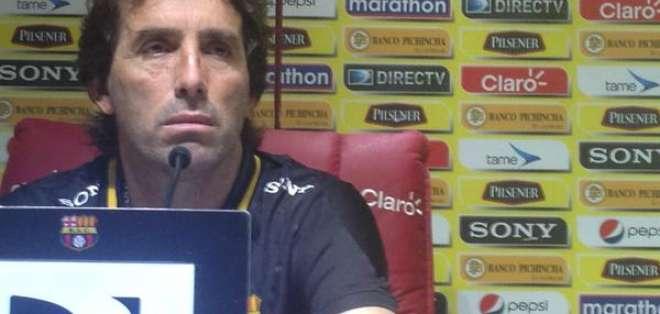 Almada el nuevo DT de Barcelona.