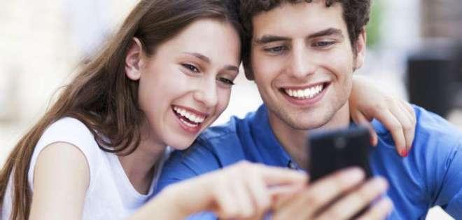 Por suerte, la tecnología nos ha facilitado hablar con la gente que está lejos.