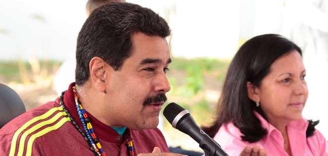 """VENEZUELA.- Él (Correa) aprobó una ley, son asuntos internos del Ecuador, pero empezó toda una campaña, casi para justificar un magnicidio contra el presidente Correa"""", dijo Maduro. Foto: EFE"""