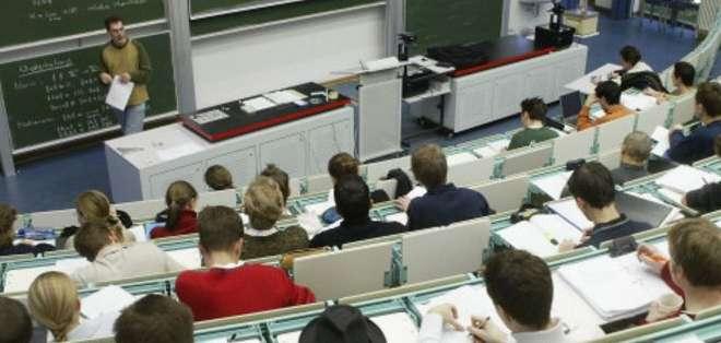 Cada vez más estudiantes extranjeros cursan estudios universitarios en Alemania, donde no se paga matrícula ni colegiatura.