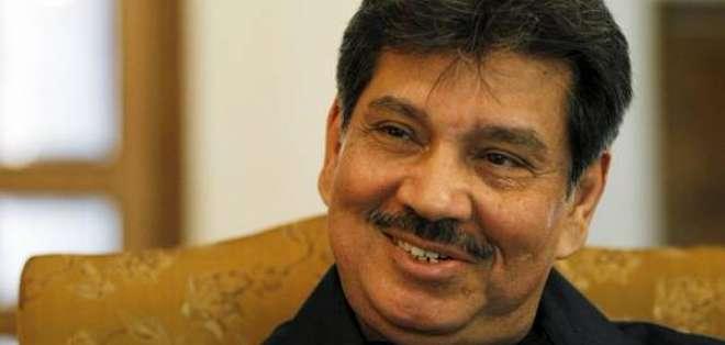 El presidente de la Federación Paquistaní de fútbol fue suspendido por presuntos actos de corrupción.