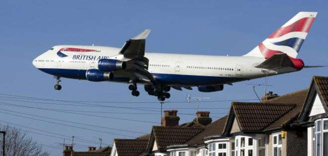 Los dos polizones viajaban en un avión de British Airways que se aprestaba a aterrizar en Londres proveniente de Sudáfrica.