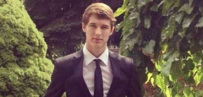 Jeremy Ryan Cook murió en la madrugada del domingo al confrontar a los presuntos ladrones de su celular.