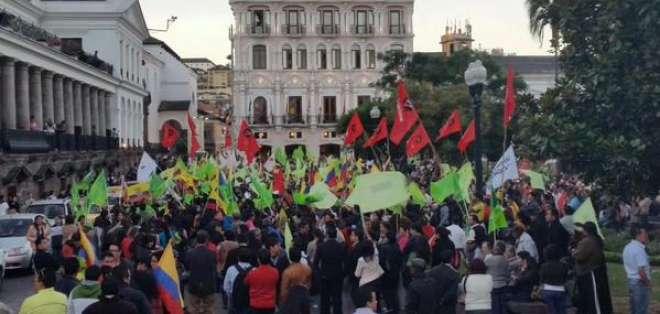 Los seguidores oficialistas aseguran que defenderán la Revolución Ciudadana.