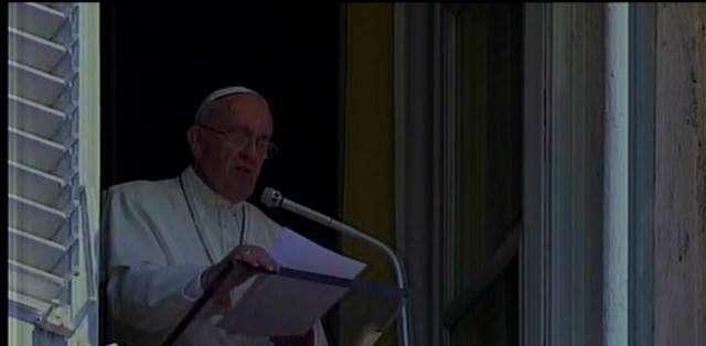 En medio del caldeado ambiente político, avanzan los preparativos para la visita papal.