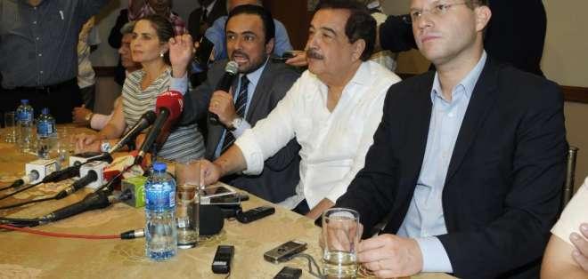 Paúl Carrasco, Jaime Nebot y Mauricio Rodas se reunieron esta tarde en Guayaquil.