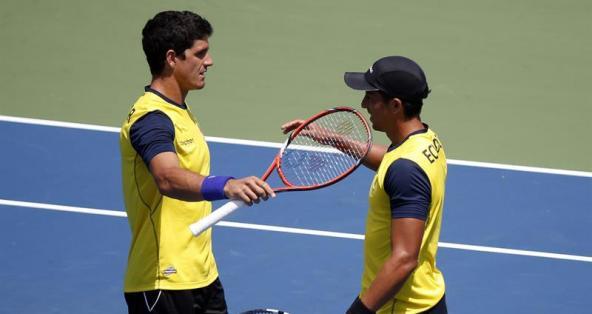 Gómez y Escobar celebrando un punto. Foto: EFE.