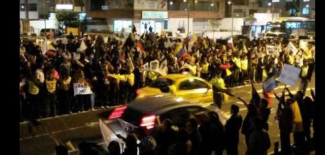 QUITO, Pichincha.- La medida que rechaza las marchas opositoras al régimen causa malestar. Foto: Twitter Focus Ecuador.