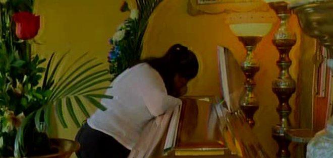 GUAYAQUIL, Ecuador.- La mujer estuvo dos días en estado de coma por un infarto cerebral y murió. Foto: captura de pantalla.