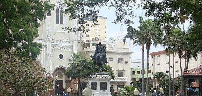 ECUADOR.- Guayaquil también es fauna y vegetación. Las iguanas serán por siempre las estrellas del parque Seminario. Foto: Archivo