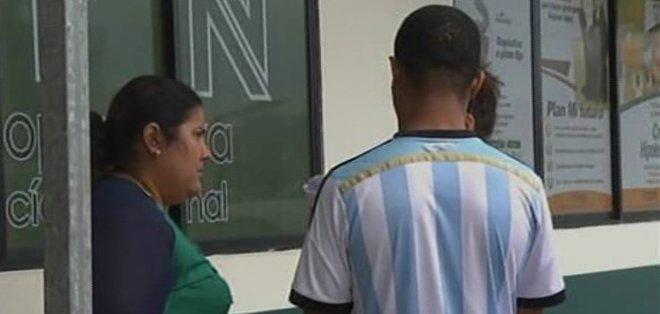 EL ORO, Ecuador. Bajo resguardo policial, Ulises D., de nacionalidad cubana, fue trasladado hasta la Unidad de Flagrancia de la Fiscalía. Foto: captura de video