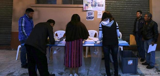 GUATEMALA.- Los ciudadanos deben elegir al presidente, vicepresidente, los 158 diputados que forman el Congreso. Foto: EFE