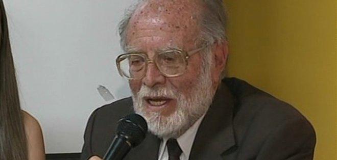ECUADOR.- El jurista Julio César Trujillo habló en representación del colectivo. Foto: captura de pantalla.