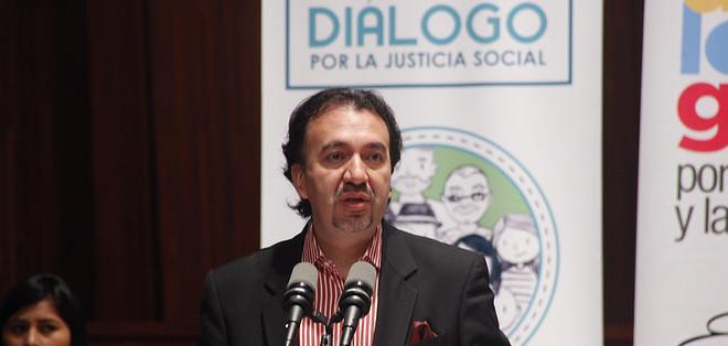QUITO, Ecuador.- Según el secretario Pabel Muñoz, se han desarrollado 367 encuentros con más de 2.019 organizaciones sociales en dos meses. Foto: Asamblea Nacional