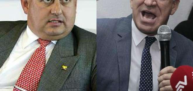 "ECUADOR.- Ambos participantes rechazaron mecánica del debate. González (d) lo calificó de ""emboscada"". Collage: Ecuavisa"
