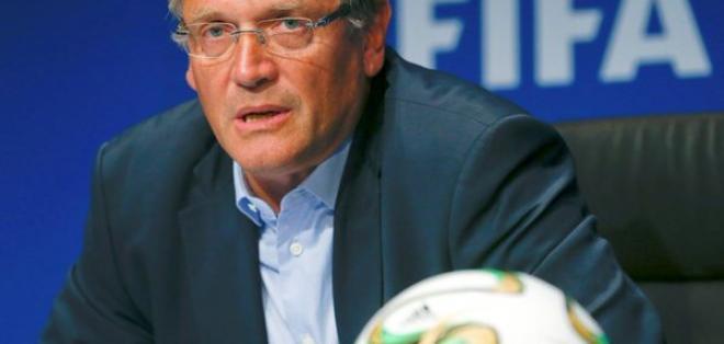 El francés Jérôme Valcke fue suspendido doce años por presuntas irregularidades en la venta de entradas a los mundiales.