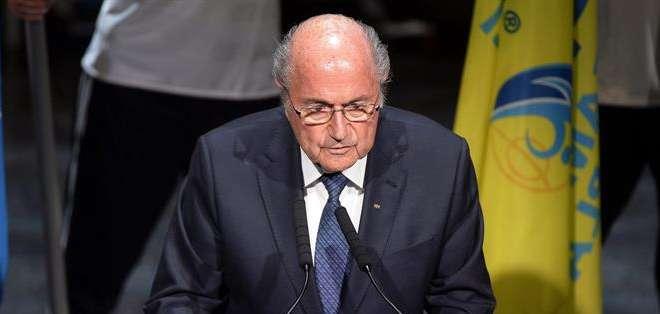 GINEBRA, Suiza.- Blatter quiere que levanten su sanción.