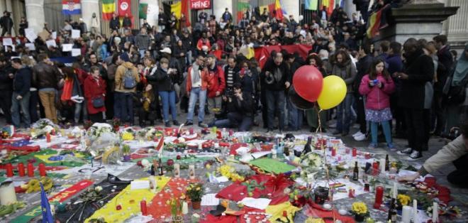 BRUSELAS, Bélgica.- El último balance oficial es de 31 muertos y 270 heridos, muchos de ellos en estado grave. Foto: AFP