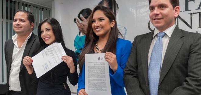 Esta petición fue presentada ante la Corte por Pamela Aguirre y Stefani Baldeón. Foto Archivo
