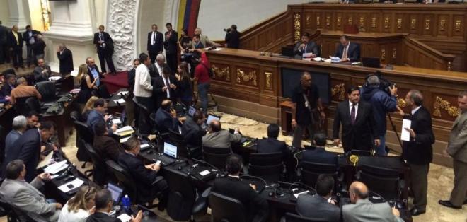 VENEZUELA.- La Asamblea pidió formalmente al secretario general de la OEA, Luis Almagro, que invoque la Carta Democrática Interamericana. Foto: Medios internacionales