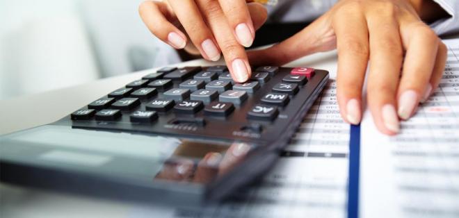 ECUADOR.- La herramienta digital permitirá calcular el monto a pagar por impuesto a la plusvalía. Foto referencial de Internet
