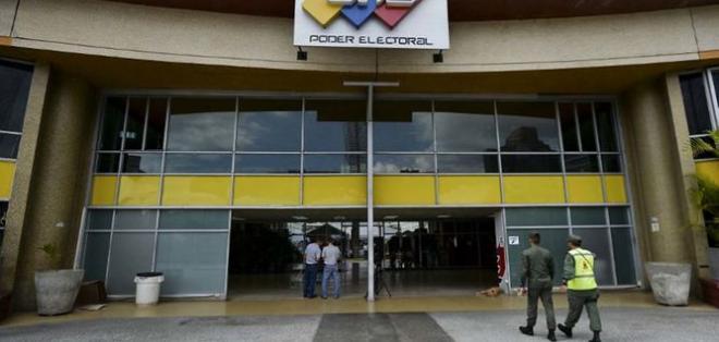 Anuncio era exigido con protestas por la opositora Mesa de la Unidad Democrática. Foto: Archivo / La Patilla